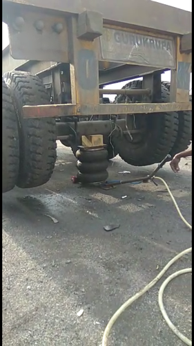 Liftup Truck Jack 03