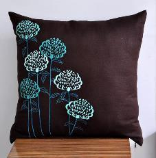Embroidered Cushion Cover 05