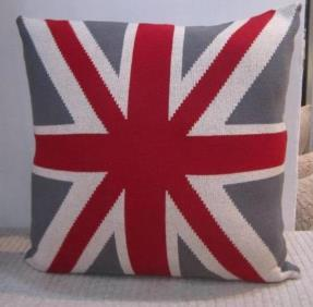 Knitted Cushion Cover 02