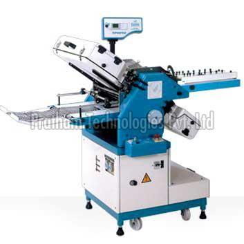 Vacuum Feed Paper Folding Machine (PGV-VFD415)