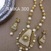 Artificial Necklace Sets 04