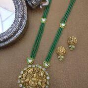 Artificial Necklace Sets 13