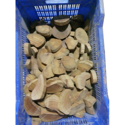 Sandalwood Chips 01