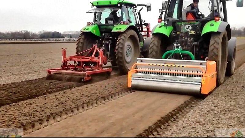 Sowing & Planting Machine