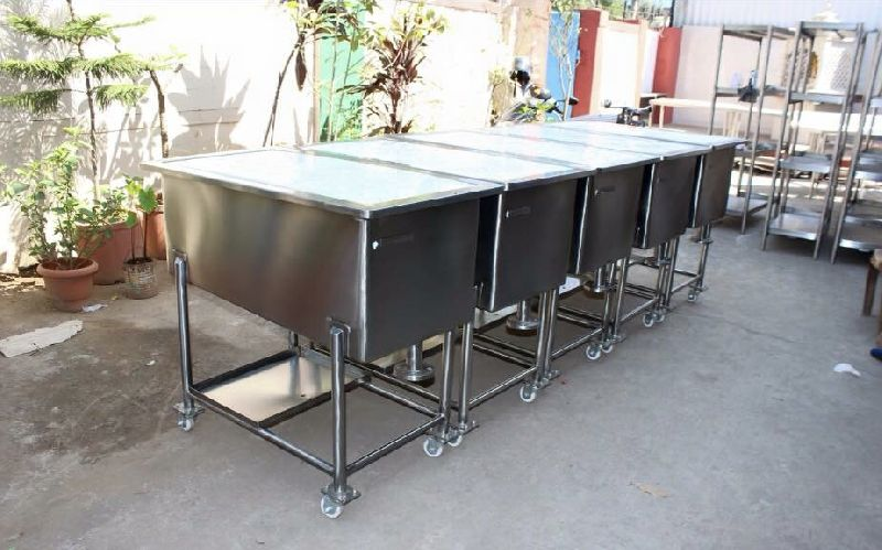 Stainless Steel Bottle Sorting Trolley