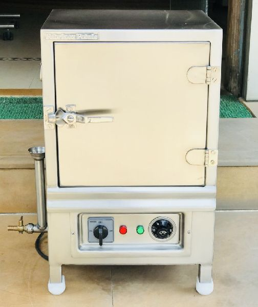 Stainless Steel Electric Operated Idli Steamer