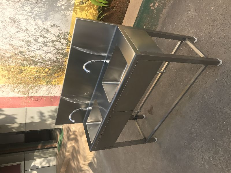 Stainless Steel Knee Operated Hand Wash Station 02