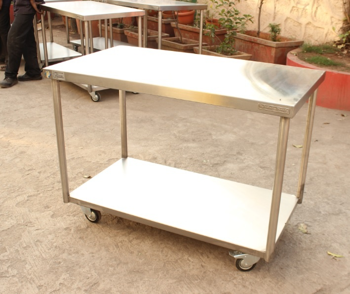Stainless Steel Plain Table