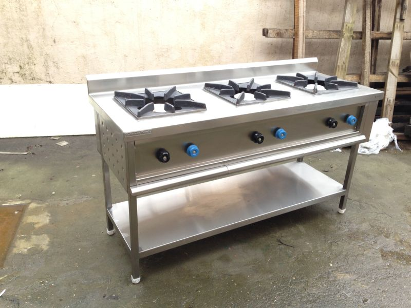 Stainless Steel Three Burner Gas Stove 02