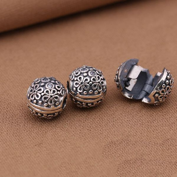 Silver Clasps