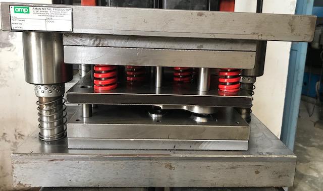 Hydraulic Press Tools 03