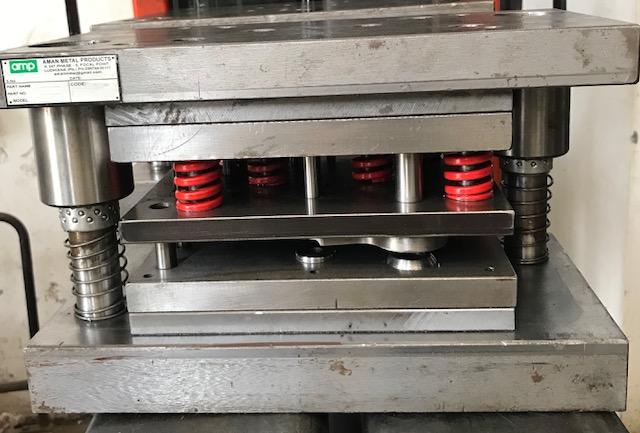 Hydraulic Press Tools 04