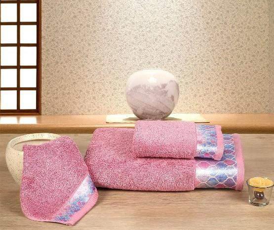 Calvin Towel