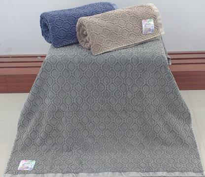 Piece Dyed Jacquard Towel