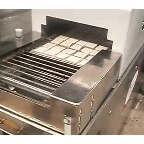 Semi Automatic Khari Cutting Machine