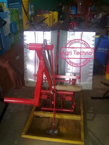 Manual Rice Transplanter 01