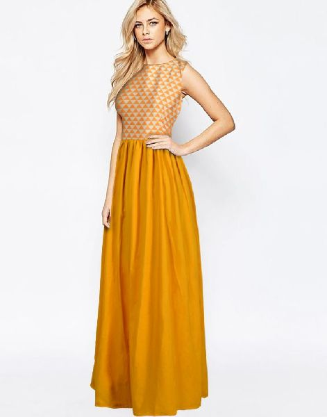 G-58 Barbie Yellow Gown 01