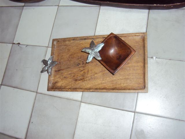 Designer Wooden Tray 08