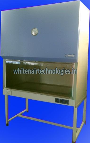 D Series Vertical Laminar Air Flow Cabinet 01