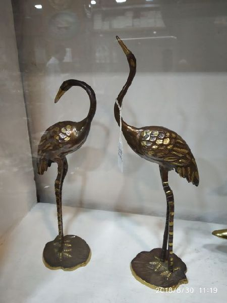 Brass Swan Statue 01