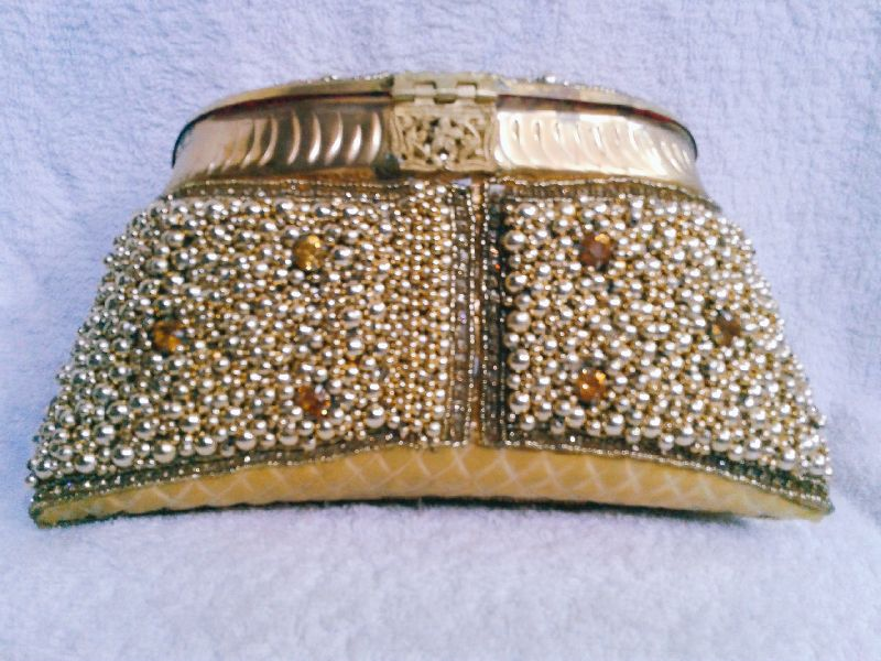 8 Inch Gold Moti Purse 03