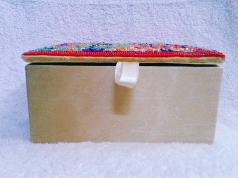 Aari Multi Work Jewelry Box 01