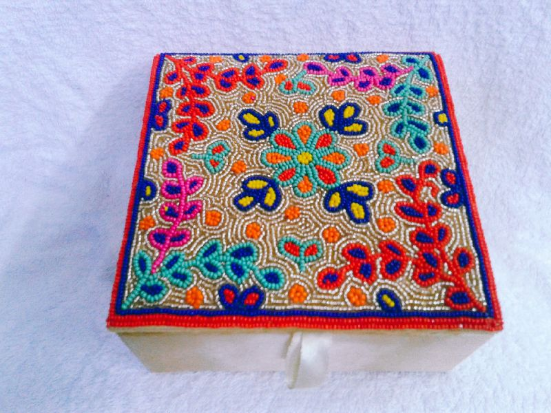 Aari Multi Work Jewelry Box 02