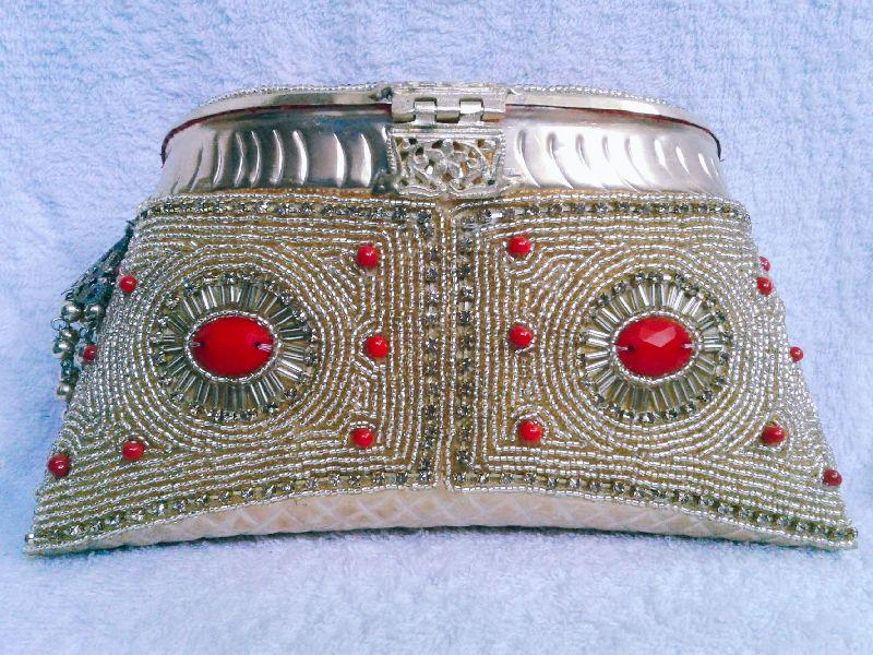 Aari Nagina Embroidery Purse 03