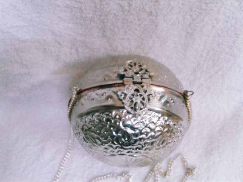Brass Embossed Ball Purse 02