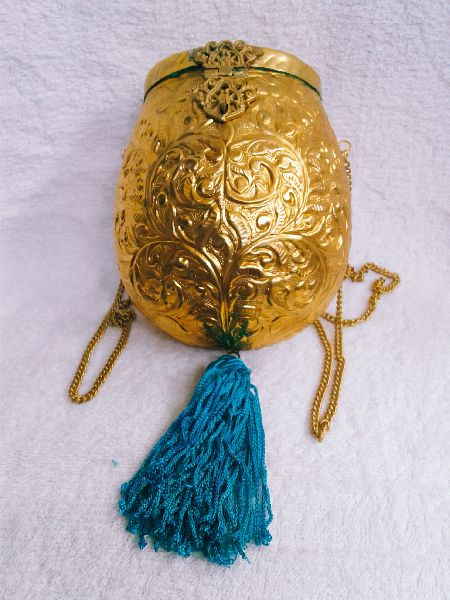 Brass Embossed Pot Purse 01