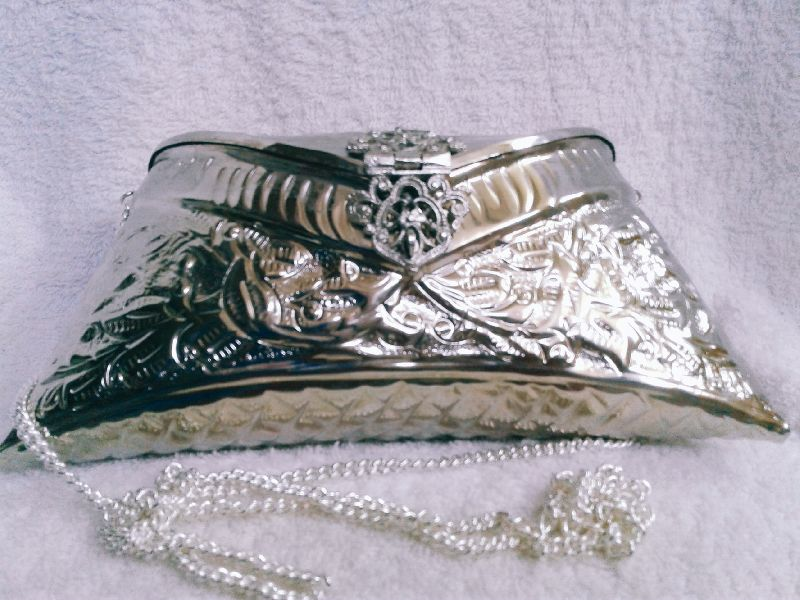 Brass Embossed Silver Purse 01