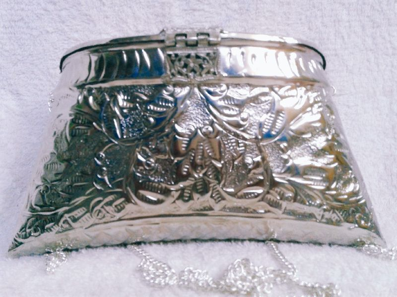 Brass Embossed Silver Purse 03