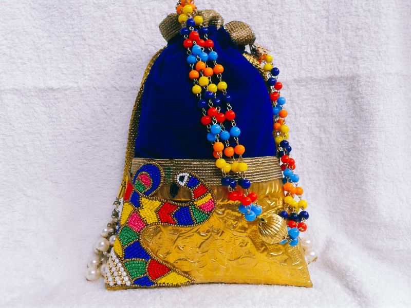 Brass Side Peacock Potli Purse 01