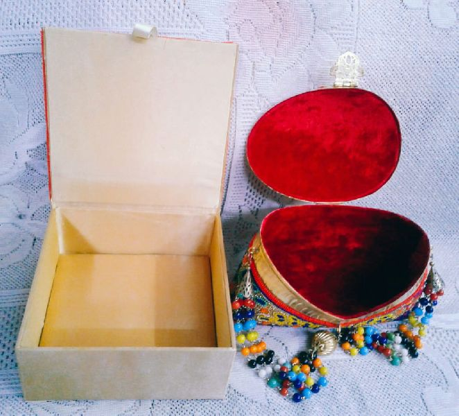 Embroidery Jewelry Box Set 01