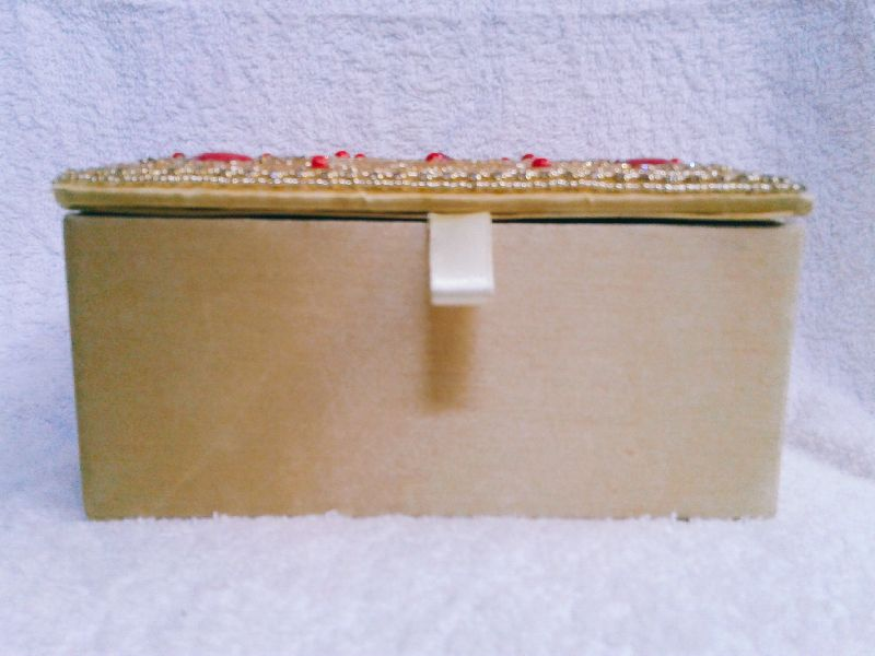 Gold Moti Jewellery Box 01