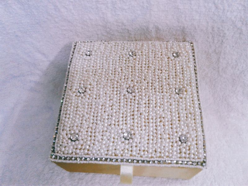 White Moti Designer Jewellery Box 02