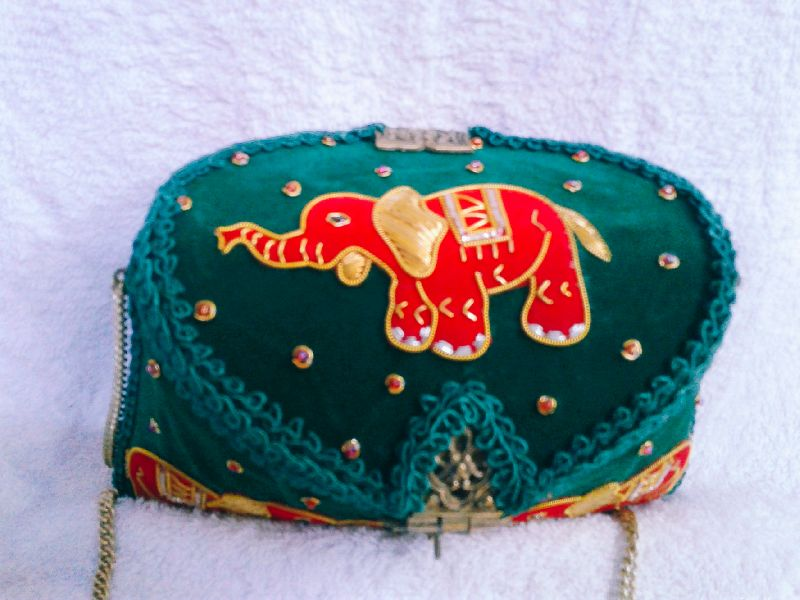 Zari Embroidery Clutch Bag 02