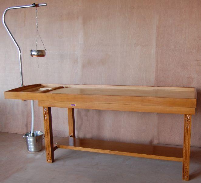 2248 Wooden Massage Cum Shirodhara Tables