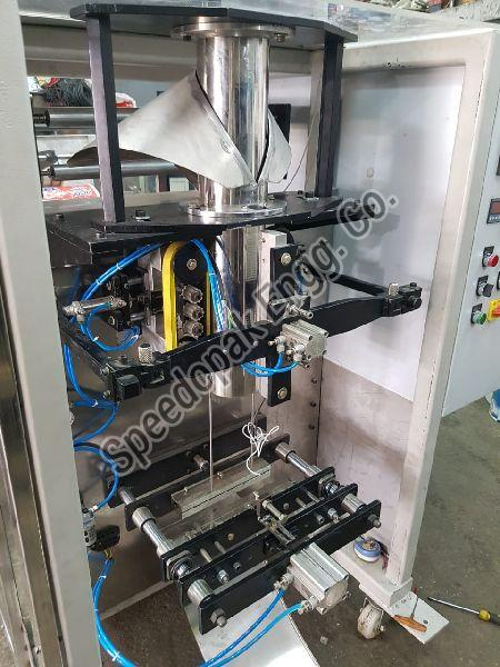 5.5 Kw PLC Based Pneumatic Collar Type Auger Machine