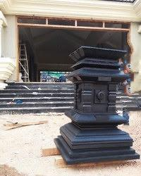Black Marble Tulsi Stand