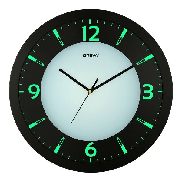 AQ 1467 Light Analog Clock