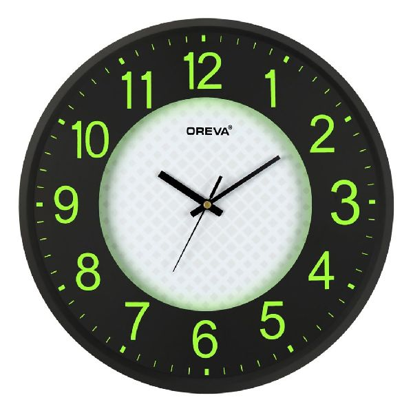 AQ 1477 Light Analog Clock