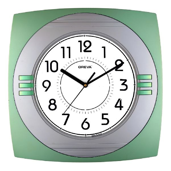 AQ 1647 Economy Analog Clock