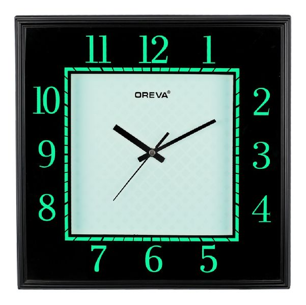 AQ 5637 Light Analog Clock