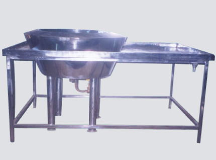 Rasgulla Packing Table