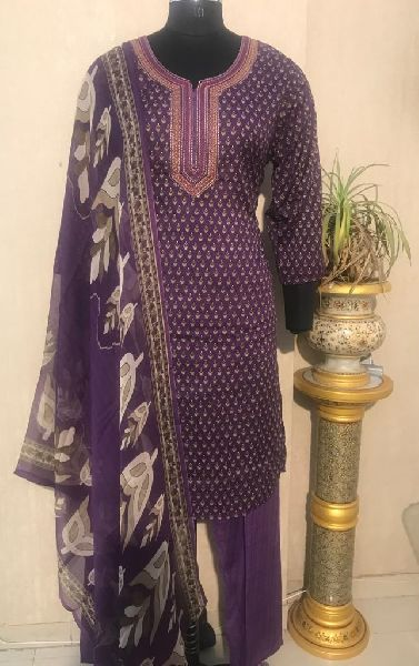 Ladies Purple Salwar Suit (D. No. 2416)