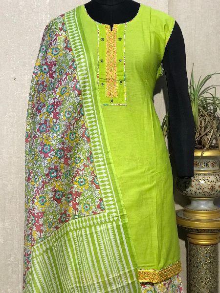 Ladies Green Salwar Suit (D. No. 2418)