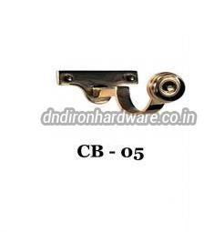 CB 05 Curtain Centre Bracket