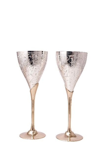Brass Embosse Wine Glass