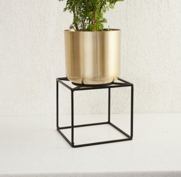 Plain Brass Planter With Stand